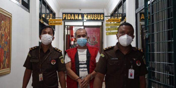 Kejati Sumut Limpahkan Tersangka Dugaan Korupsi Pupuk Curah Rp7,2 Miliar